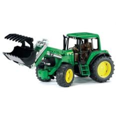 Трактор с погрузчиком John Deere 6920