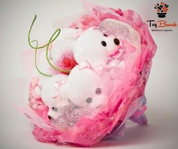 Букет из мягких игрушек (розовый, пять мишек)