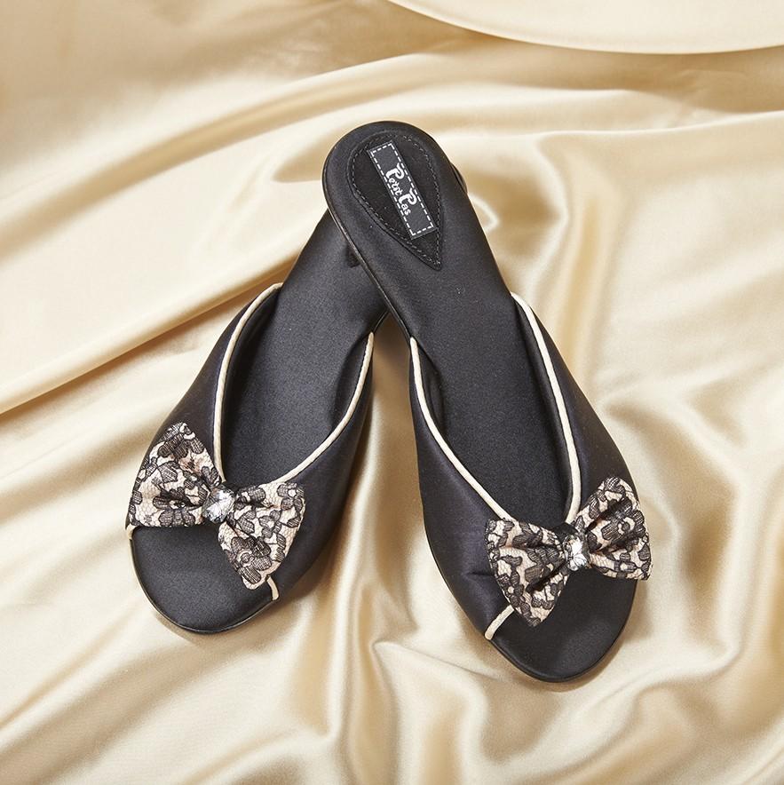 Домашняя обувь Petit Pas на каблуке