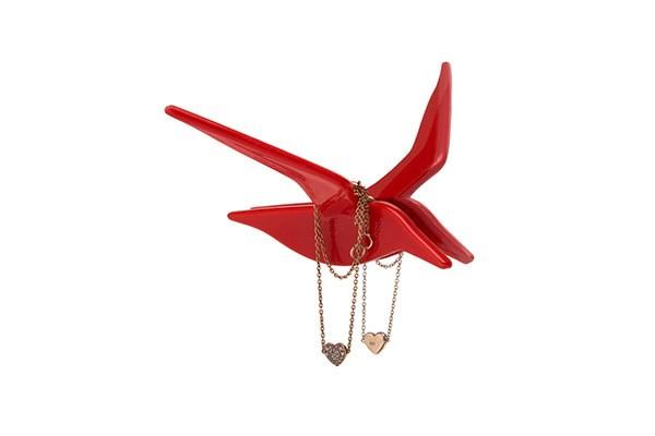 Красный держатель украшений Fly by