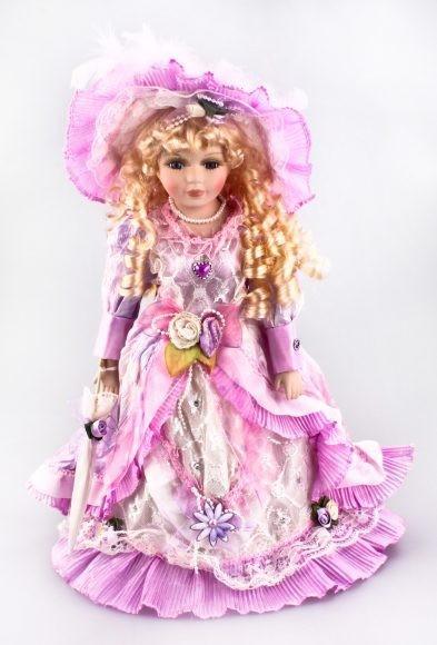 Фарфоровая кукла Мадлена