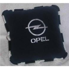 Черная с черно-белым кантом подушка Opel