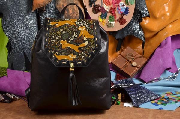 Черный кожаный рюкзак Забавные лисички