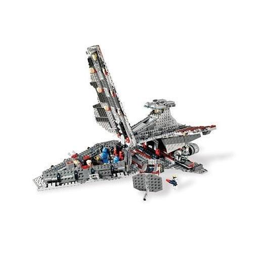 Атакующий крейсер Lego