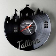 Виниловые часы Далеко ли до Таллина