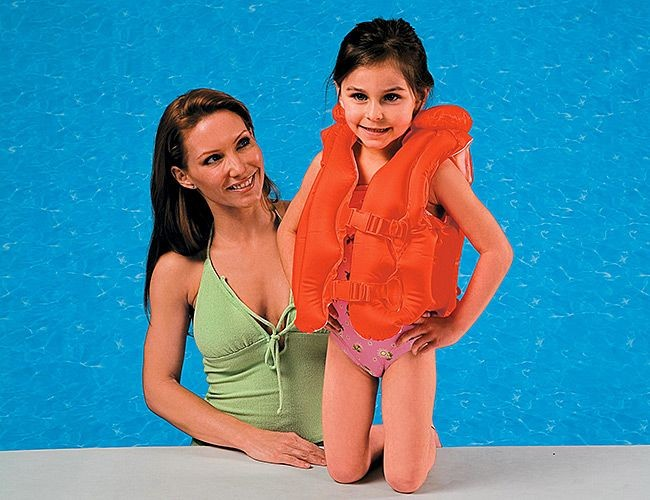 Надувной жилет для плавания Deluxe