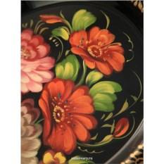 Фигурный поднос с росписью Цветы на черном фоне (Жостово)