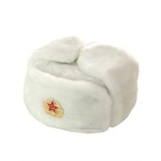 Белая шапка-ушанка со звездой
