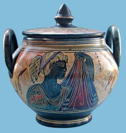 Греческая шкатулка-кальпида Эрато