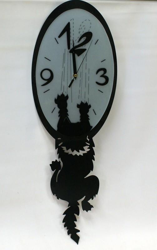 Оригинальные настенные часы Наглая кошка