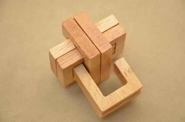 Головоломка Двойной крест (тип 1)