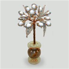 Миниатюрное дерево удача из селенита в вазочке из оникса
