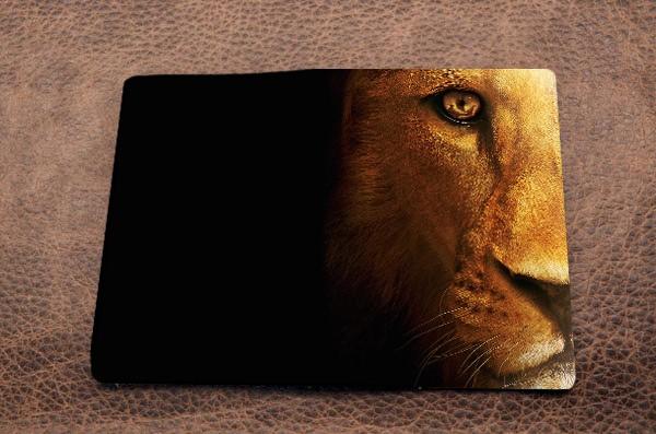 Обложка на паспорт из кожи Промо - Глаза льва