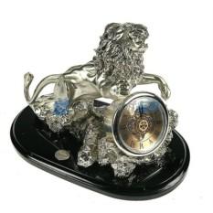Часы с посеребрением Лев