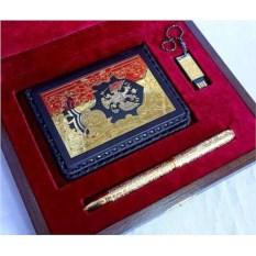 Набор «Обложка на автодокументы, ручка и флешка»