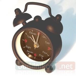Часы-будильник «Гномик» One,Two (английский)
