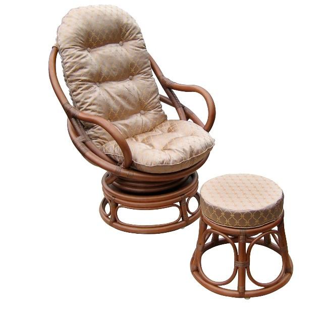 Кресло вращающееся Royalty с подушкой