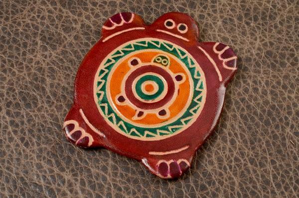 Карманное зеркальце в кожаной оправе (коричневый)
