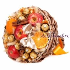 Большой букет из фруктов и конфет Пунш