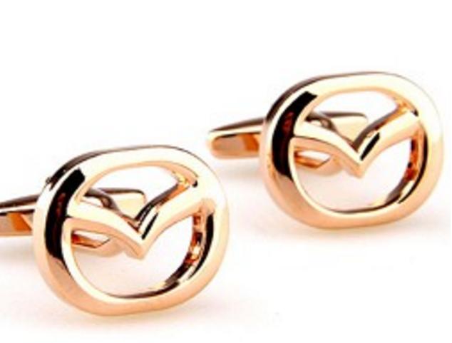 Запонки Mazda золотые