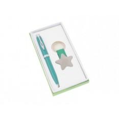 Канцелярский набор: зеленые шариковая ручка и брелок