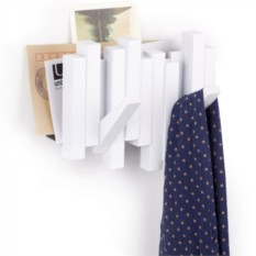 Белая вешалка-газетница Sticks