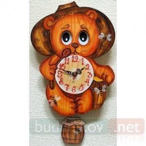Настенные часы с маятником Бризоль Медведь