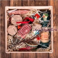 Подарочный набор Праздничная посылка (28х28х15 см)