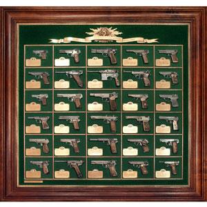 Коллекция пистолетов. 30 моделей