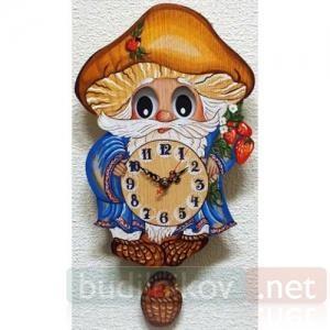 Настенные часы с маятником Бризоль Лесовичок
