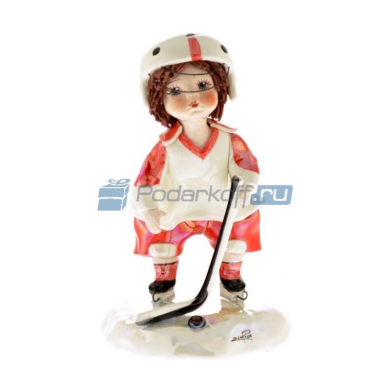 Фарфоровая статуэтка Хоккеистот Zampiva