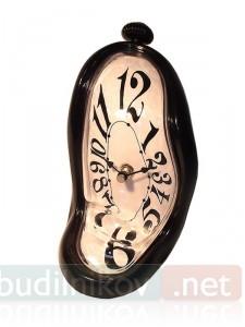 Стекающие настольные черные часы