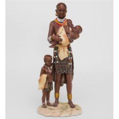 Статуэтка Африканка с детьми