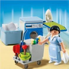 Конструктор Playmobil Summer Fun Уборщица номеров