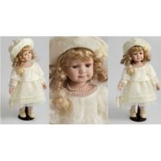 Коллекционная фарфоровая кукла Камила
