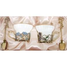 Чайная пара Ирисы и Незабудки из костяного фарфора
