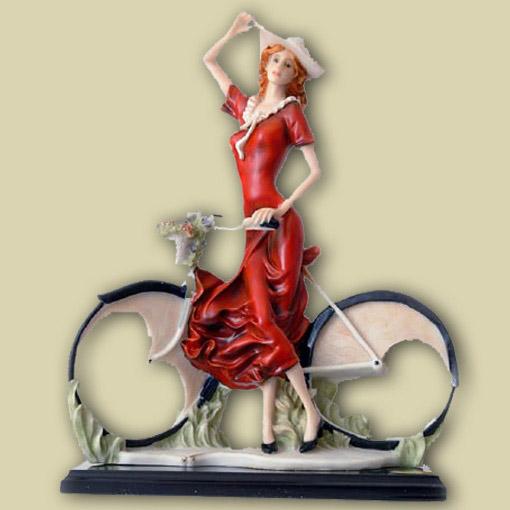 Статуэтка «Леди с велосипедом»