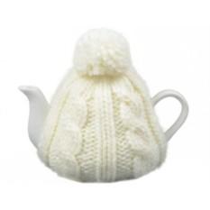 Фарфоровый чайник на 750 мл в белой вязаной шапочке