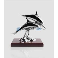 Скульптура с посеребрением Пара дельфинов