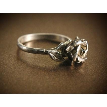 Кольцо «Серебряная роза»