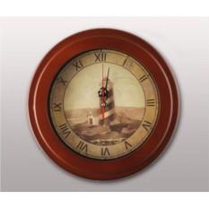 Настенные часы Маяк