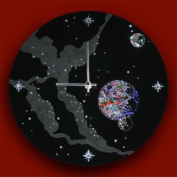 Часы с кристаллами сваровски Космическое время