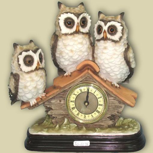 Статуэтка «-Три совы на крыше с часами»
