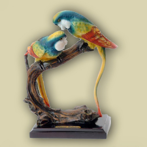 Статуэтка «Пара попугаев»