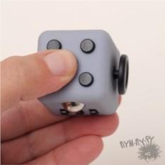 Антистрессовый кубик Генератор идей