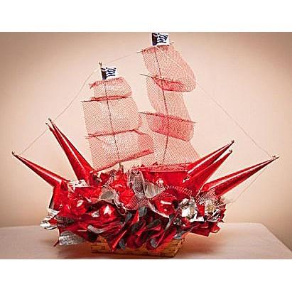 Красный кораблик