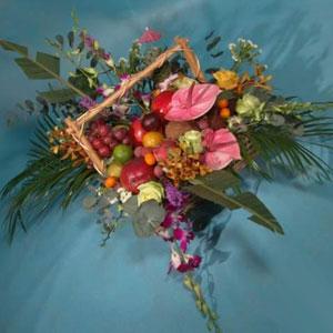 Корзина с цветами и фруктами: «Властелина»