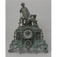 Часы-фигура из бронзы