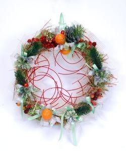 Новогоднее украшение Венок с шишками