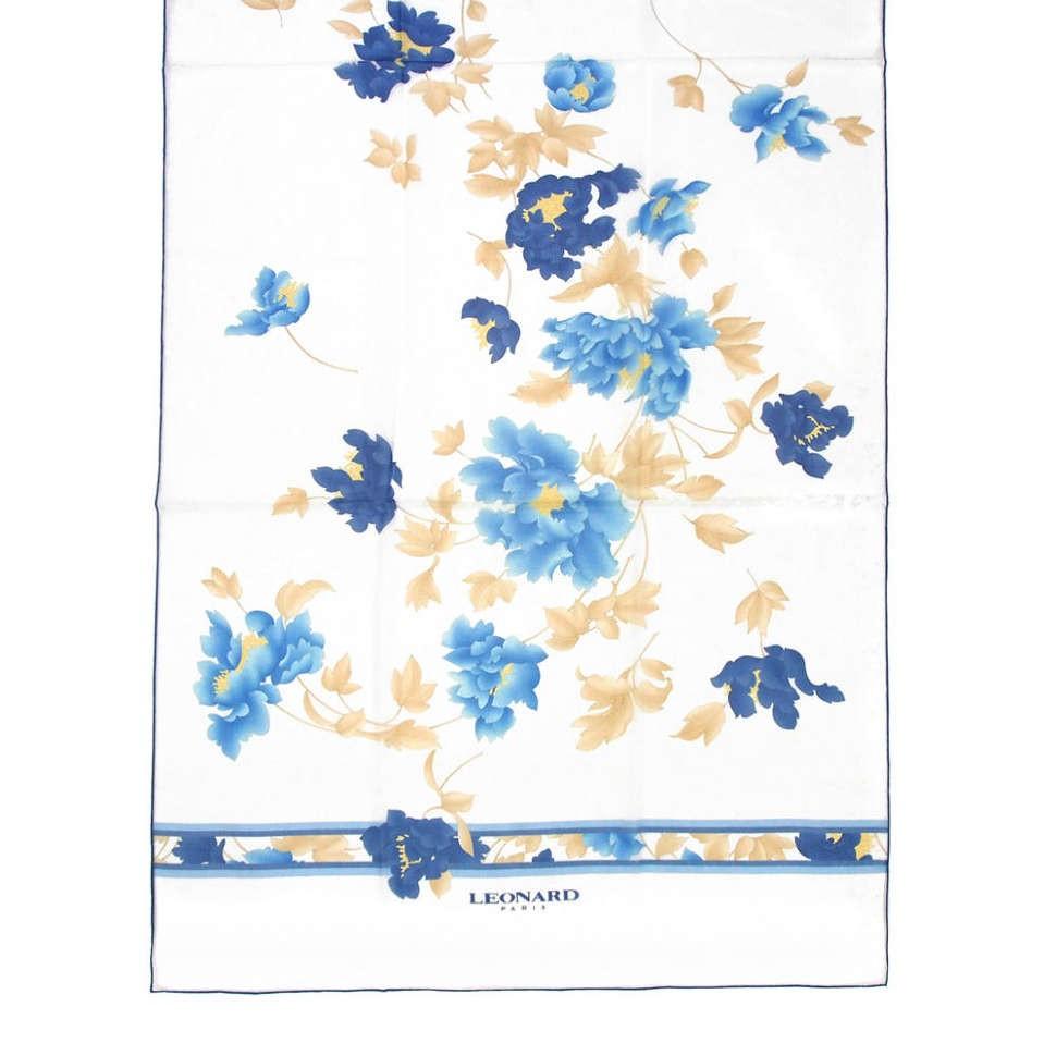 Белый палантин с сине-голубыми цветами Leonard